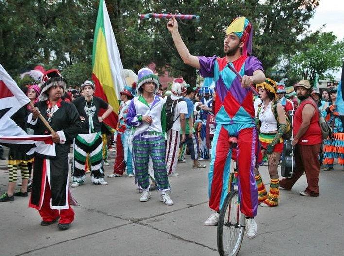 Suardi palpita el 19º Encuentro Nacional de Murgas