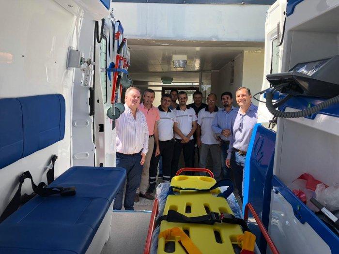 Entregaron una ambulancia al Hospital de San Cristóbal