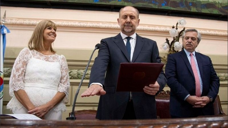 Omar Perotti juró como nuevo gobernador de Santa Fe