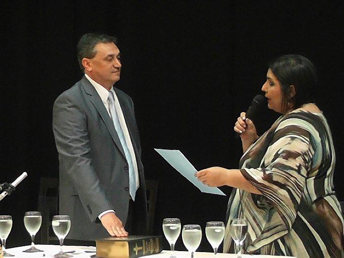 Gustavo Tévez juró para su tercer mandato en Brinkmann
